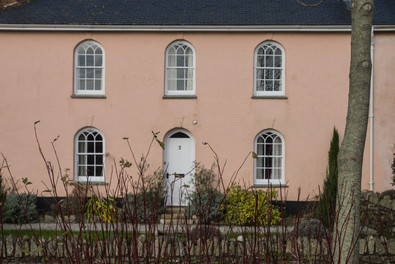 9. Riviere Cottages