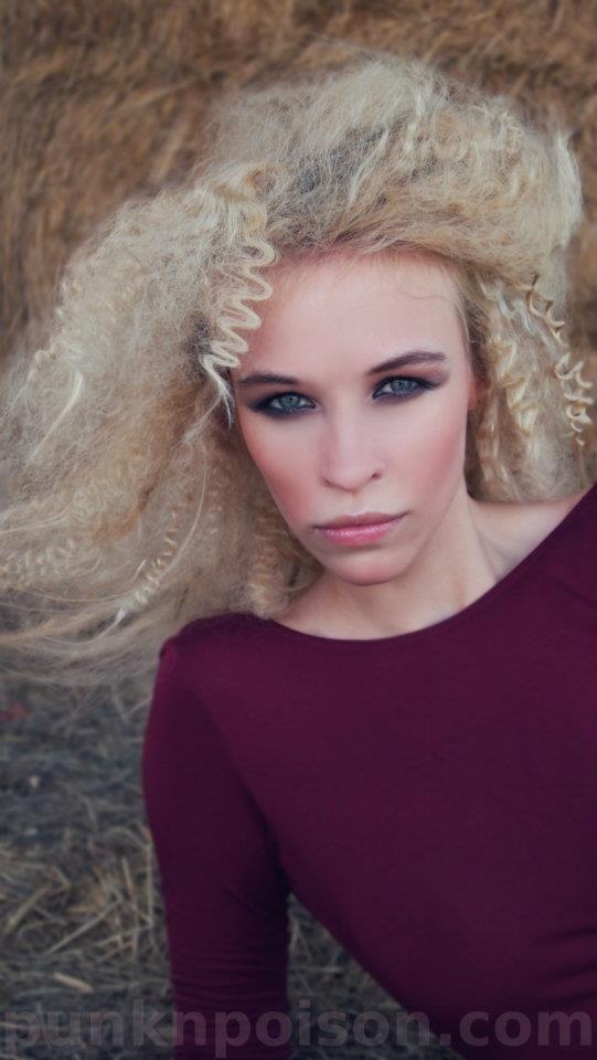 Leonora - Photographer Magic Owen