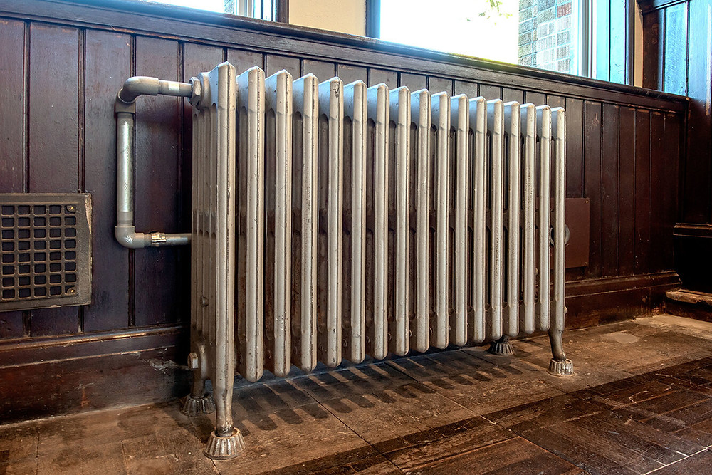 Radiator for a steam boiler