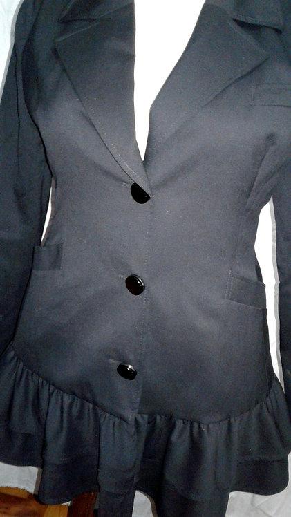 Casaco 46 Daslu na cor preto de abotoar na frente