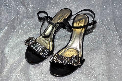 Sandália Beira Rio Conforto preta nº 36 com brilho, Brechotreschic, brechó Très Chic, sandália preta, calçados, oferta, loja