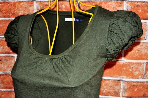 camiseta verde escuro P, camisetas, brechotreschic, brechó très chic, brechó online, camisetas femininas, roupas online,