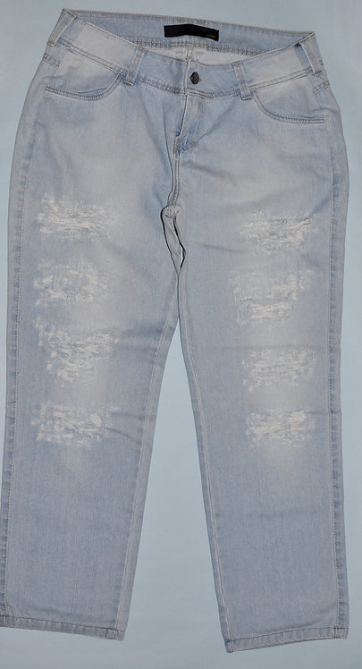 Calça jeans destroyed nº 46 marca malwee