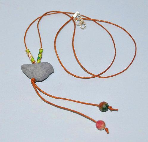 Colar com mini passarinho feito a mão, colar, colares, bijuterias com cerâmica, bijus, bijoux, Sueli Finoto, artesanatos, Art