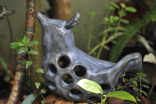 Pássaro para vasos ou jardim, cerâmica artesanal, Sueli Finoto ceramista, passarinho feito a mão, casa cor decoração, birds,