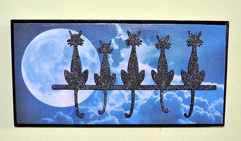 Gatinhos em quadro pequeno de madeira