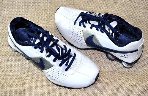 Nike Shox branco nº 36, calçados brancos, tênis branco Nike, brechotreschic, brechó très chic, preço bom em calçados, sapatos