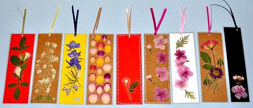 marca páginas em sohibana, flores, marca página com flores, oshibana de Sueli Finoto, oshibana art, bookmark, marque pages,