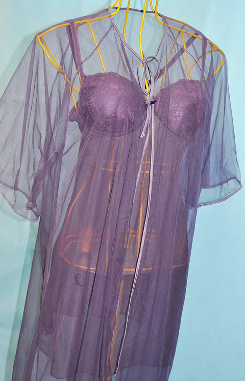 camisola com bojo e penhoar De Millus Seduit no Brechotreschic, brechó très chic, lingerie De Millus, roupa íntima, sensual,
