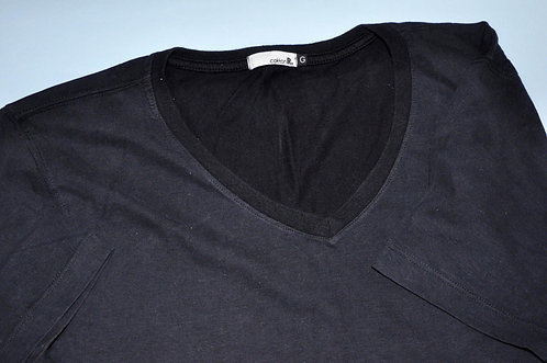 Camiseta preta masculina Brecho tres chic