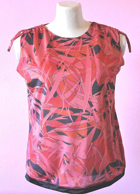 blusa em gersey vermelha estampada M, brechotreschic, brechó très chic, roupas de brechó boas, ofertas em brechós, blusa GG