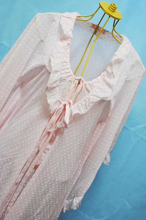 camisola e penhoar rosa de bolinhas, brechotreschic tem lingerie, lua de mel, noite de núpcias, book, ensaio sensual, brechó