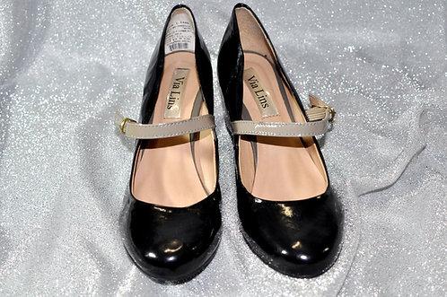 sapato de verniz preto e bege nº 36 marca Via Lins novo sem uso, Brechotreschic, Brechó Très Chic, venda online de sapatos,