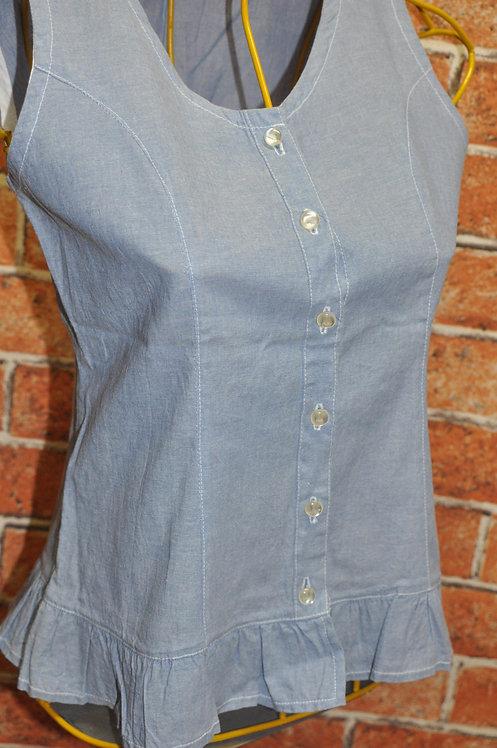 blusinha de verão, blusinha jeans, blusa romantica, blusa regata de abotoar, brechotreschic, brechó très chic, roupas boas,