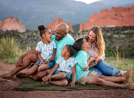 The Rincher Family at Garden of the Gods || Colorado Springs Family Photographer