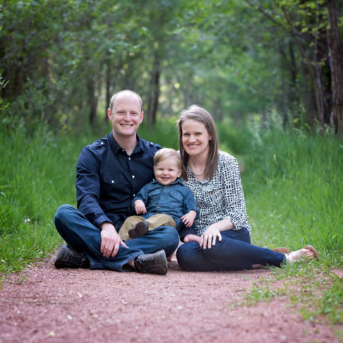 Shackleford Spring Family Session || Rock Ledge Ranch || Colorado Springs Family Photographer