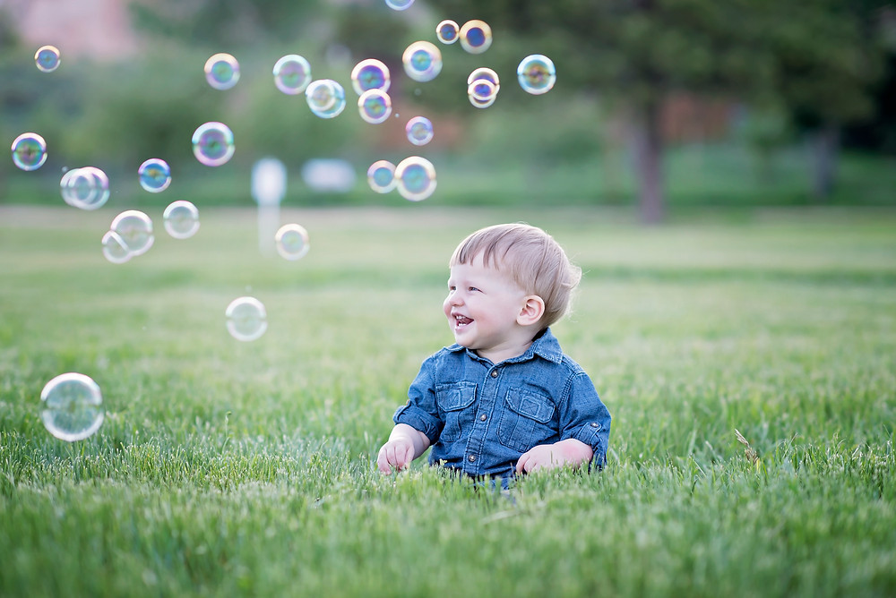 Rock Ledge Ranch Family Session Toddler with Bubbles
