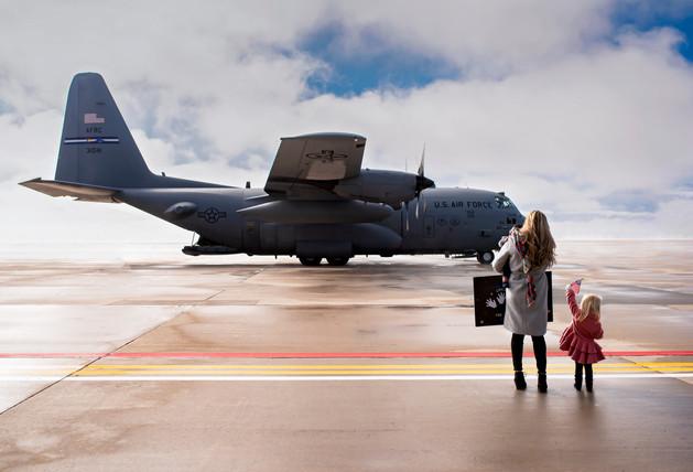 Kenny Flight Line Homecoming image