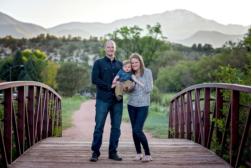Rock Ledge Ranch Family Session Mountain Views