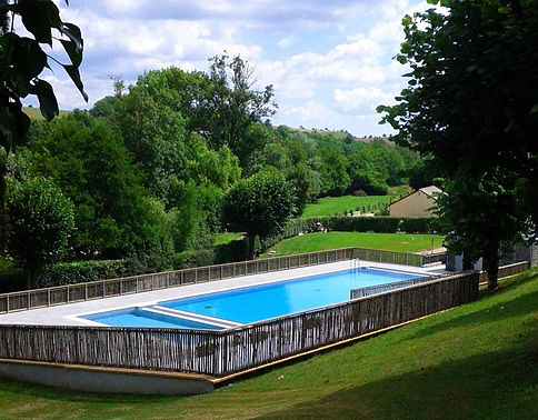 zwembad van Azerat