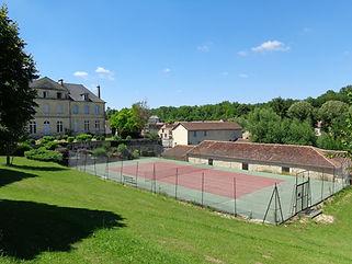 Tennisbaan Azerat