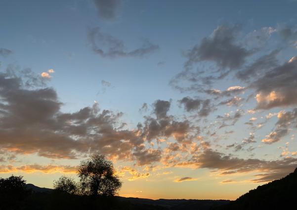 Una gita di pochi passi: un tramonto a L'Esinante