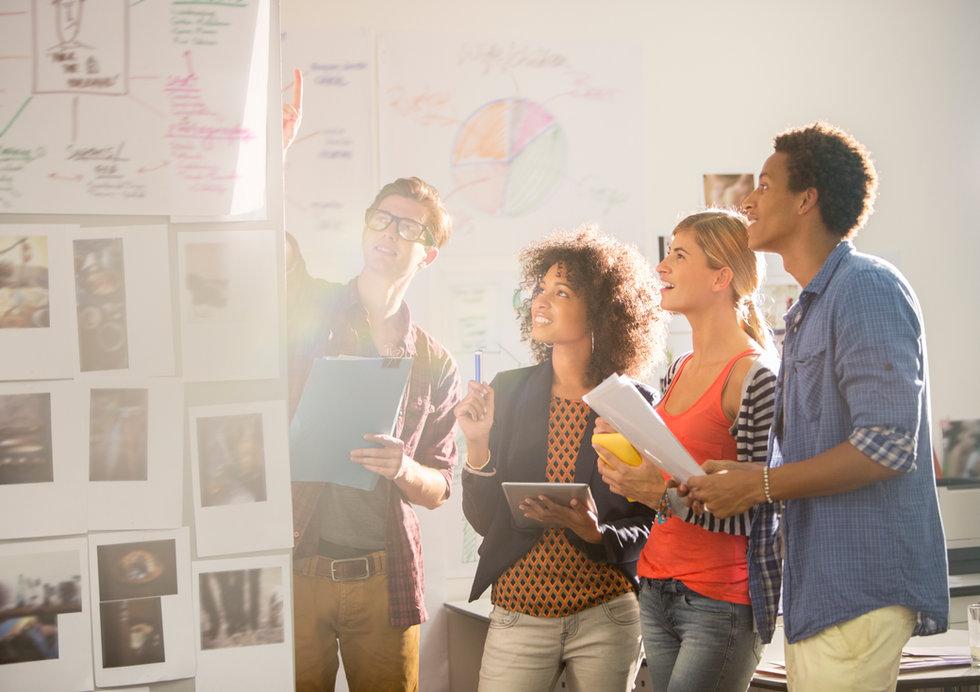 Kartläggning och modellering av processer sker i nära samarbete med kunden.
