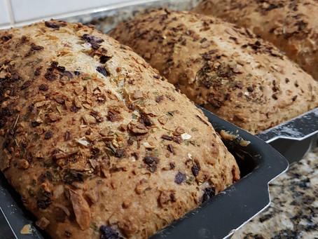 O corte na superfície do pão