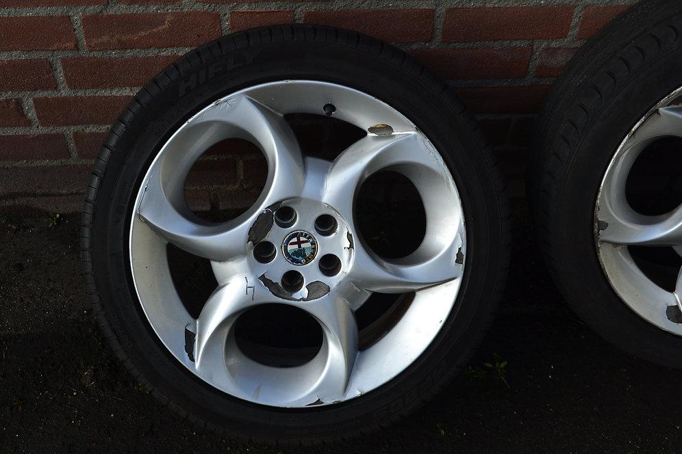 17 Alfa Tristar Velgen Met Goede Zomerbanden 45 5mm