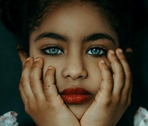 Три черти на лицето, които гарантират, че ще изглеждате млада по-дълго
