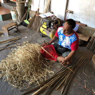 Traditional bamboo strokes making