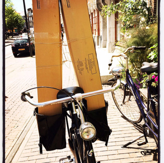 Dutch style delivery by Mirjam Roelofs