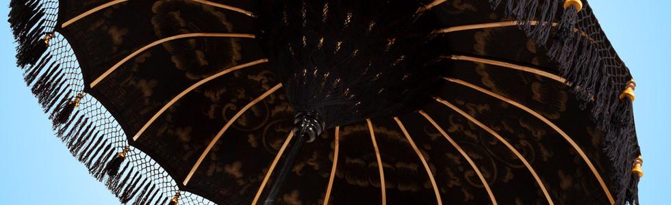 Sombrilla oriental negro, blanco y muchos mas colores