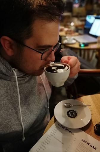 Kahve Analisti'nin kendisi