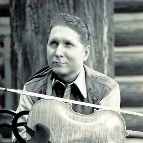 Redd with his Fiddle
