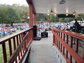 view-from-the-back-of-the-main-stage-11.