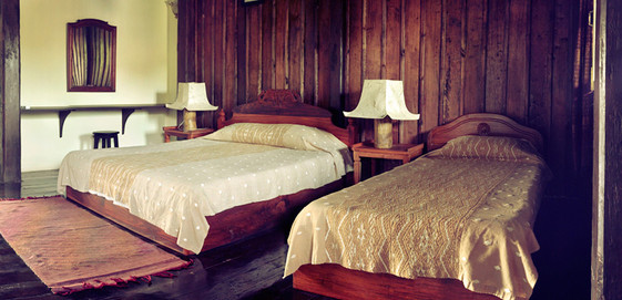 traditional style guesthouse luang prabang