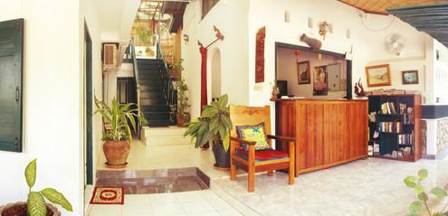cheap guesthouse mekong river