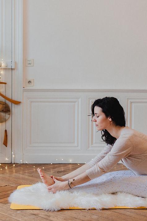 Un Yoga au féminin avec le Yoga hormonal et le Yoga de la Femme - Equilibrer le système hormonal de la femme