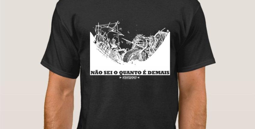 """Camiseta Básica """"Naufrágio"""" Preta"""