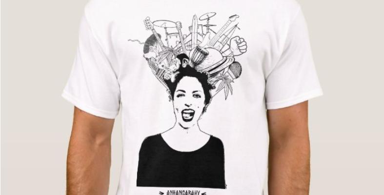 "Camiseta Básica ""Bagunça Bonita"" Branca"