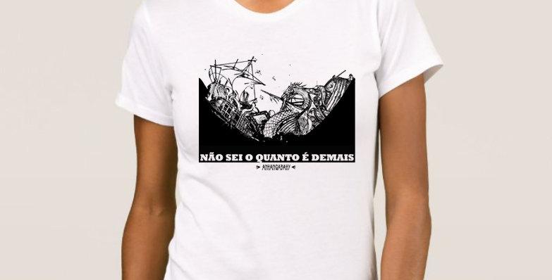 "Camiseta Feminina Baby Look ""Naufrágio"" Branca"