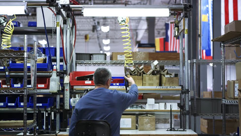 Pitney Bowes - Craftsmen of Commerce