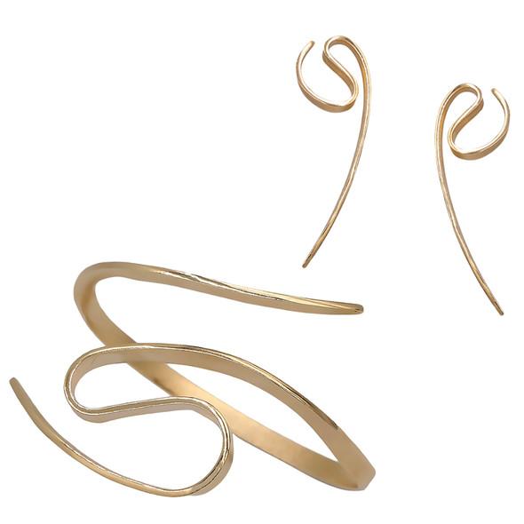7537 earrings $16,13 / 4490 bracelet $34,88