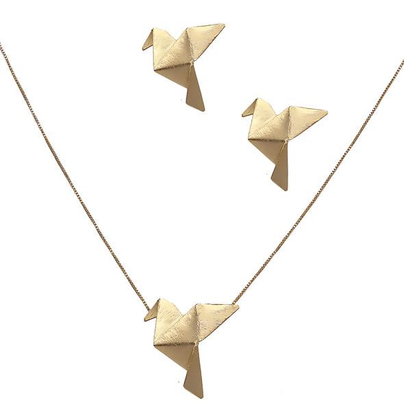 7691 earrings $9,49 / 3946 necklace $17,74
