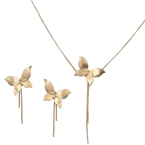 7577 earrings $10,88 / 3872 necklace $17,63