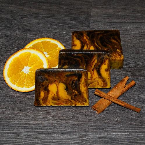 Натуральное мыло с эфирным маслом Апельсина и корицей
