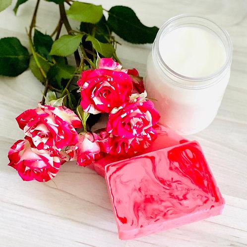 Натуральное мыло «Роза и молоко»
