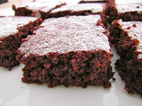 Brownie de beterraba e chocolate