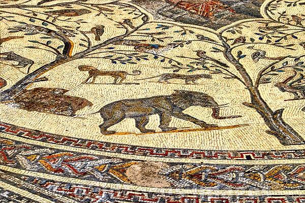 elephant-mosaique-maison d-orphee-volubi